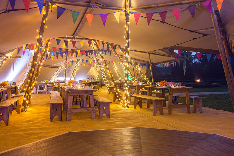 Big-Chief-Tipis-inside-festival-style-wedding-at-night